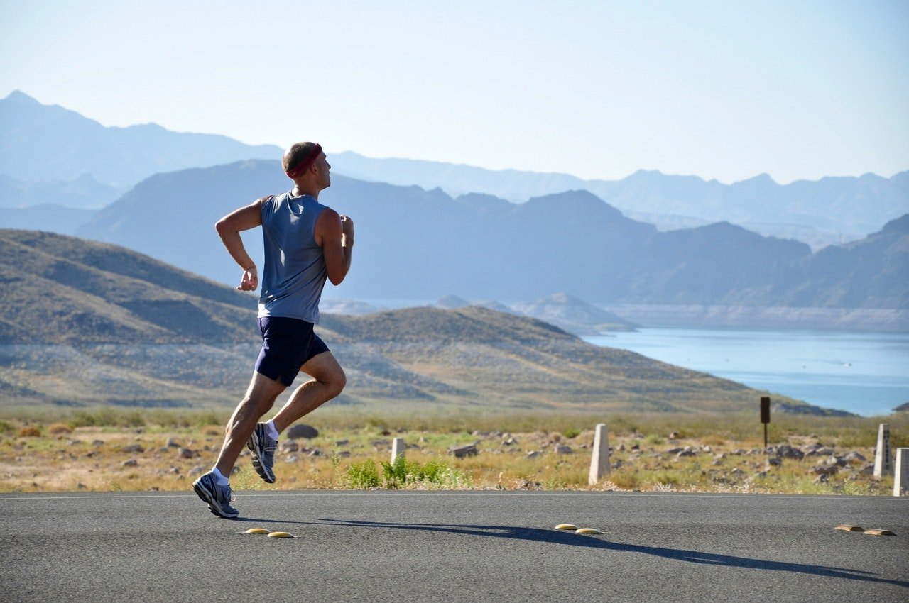6 Easy Ways to Stay Cool While Running in Hot Weather